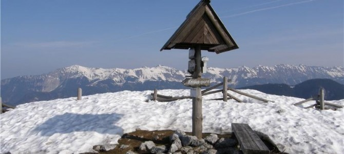 25.2.2018  Pohod Zavetišče v Gozdu-Koča na Kriški gori(1471m)-Tolsti vrh(1715m)-Koča na Kriški gori(1471m)-Gozd